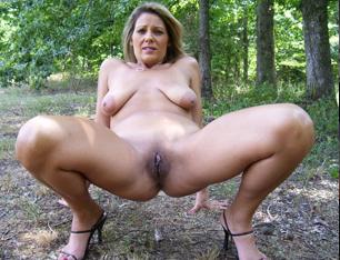 Pige giver godt blowjob
